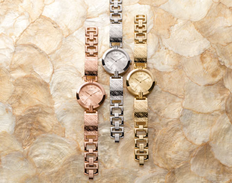 GUESS WATCHES - LIVE.LOVE.LOGO.